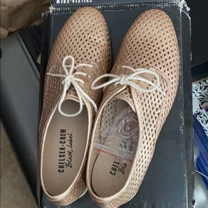 New in box Chelsea Crew woody rose gold shoes 9